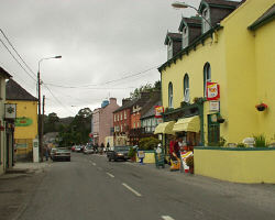 The town of Glengariff marks the entrance to the Beara Peninsula